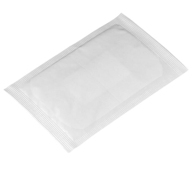 Saszetka foliowa puste opakowanie na białym tle na białym ze ścieżką przycinającą