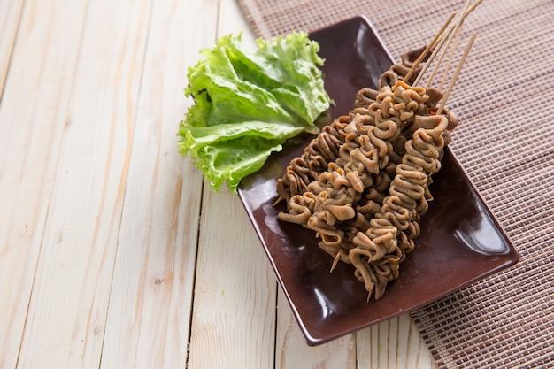 Sate usus indonezyjskie jedzenie