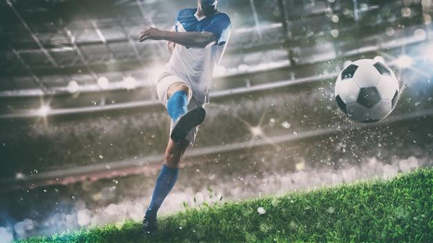 Scena piłki nożnej w nocy mecz z graczem kopiącym piłkę z mocą