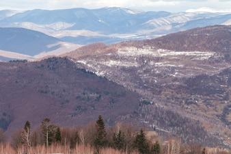 Sceniczny widok Karpackie góry na Ukraina