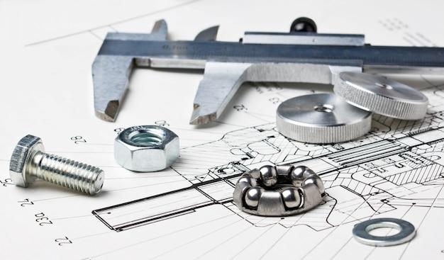 Schemat mechaniczny i zaciski z łożyskiem