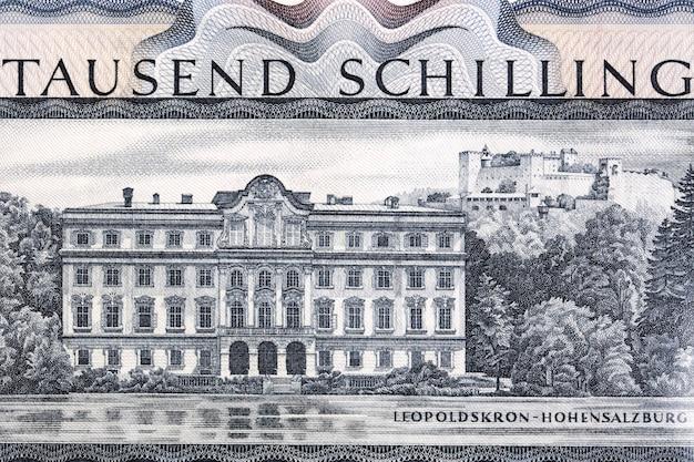 Schloss leopoldskron ze starych austriackich pieniędzy schillings