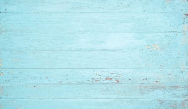 Ściana drewniana pomalowana na wyblakły niebieski