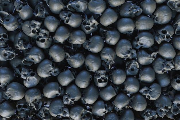 Ściana pełna ułożonych w stos czaszek