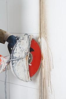 Ścianka do cięcia za pomocą narzędzia elektrycznego