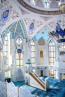 Ściany wewnętrzne i architektura meczetu kul sharif