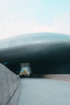 Ścieżka w dongdae mun design plaza