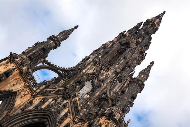 Scott monument w edynburgu w szkocji