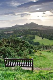 Scott's view (słynny punkt widzenia na scottish borders, z widokiem na dolinę rzeki tweed), szkocja, wielka brytania