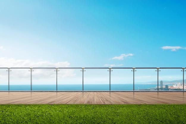 Seascape widok z niebieskim niebem