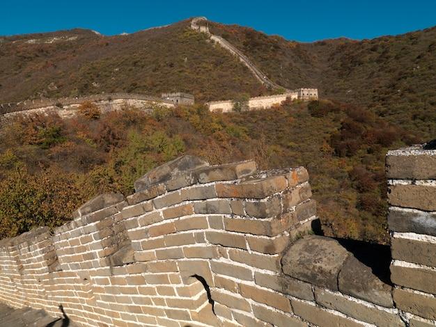 Sekcja mutianyu wielkiego muru chińskiego, pekin, chiny