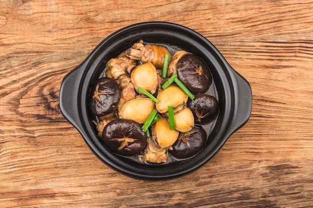 Sekretny garnek z kurczakiem abalone, pyszny kurczak, świeży abalone,