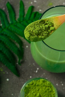 Selektywna ostrość, japońska herbata matcha