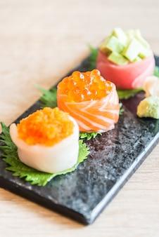 Selektywne fokus na sushi roll