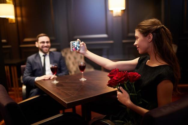 Selfie z różami