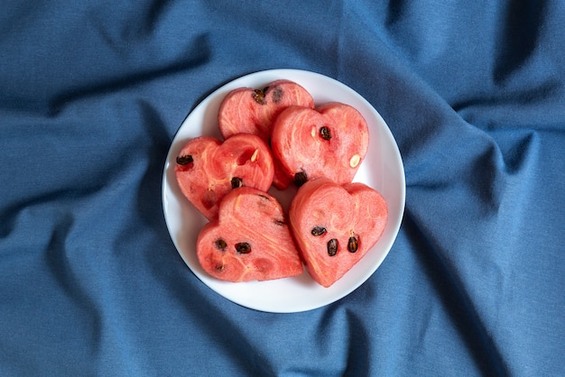 Serca arbuza na talerzu