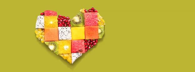 Serca symbolu owoc diety pojęcia jedzenie