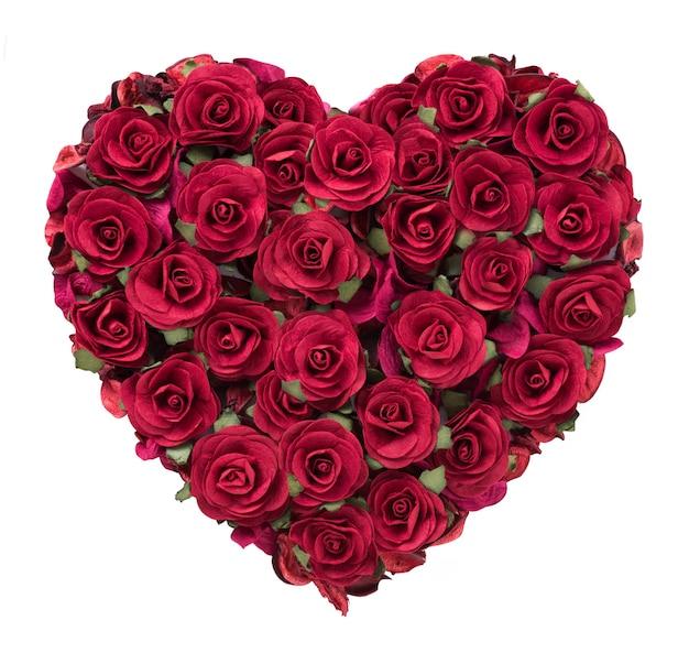 Serce kształt róży na białym tle na biały na walentynki.
