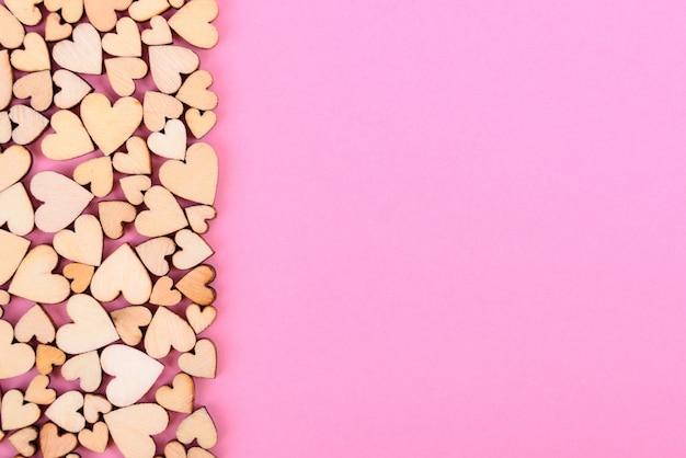 Serce tło świętego walentego. różowy kolor.