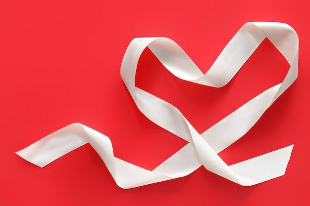 Serce ze wstążki na kolor