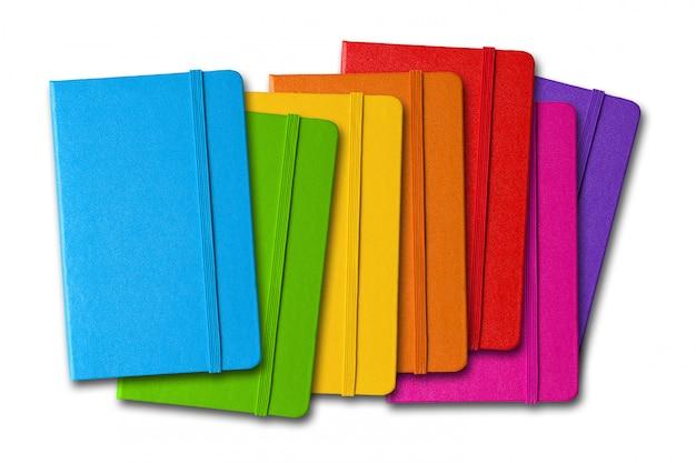 Seria kolorowych zamkniętych notebooków