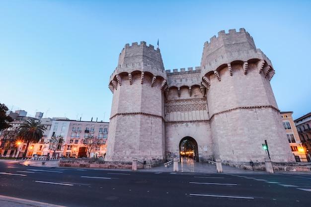 Serrano towers w walencji