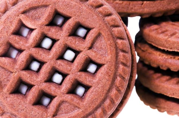 Sfotografowane ciasteczka z bliska. na białym tle