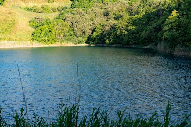 Shatkhurey kras jezioro na kaukazie