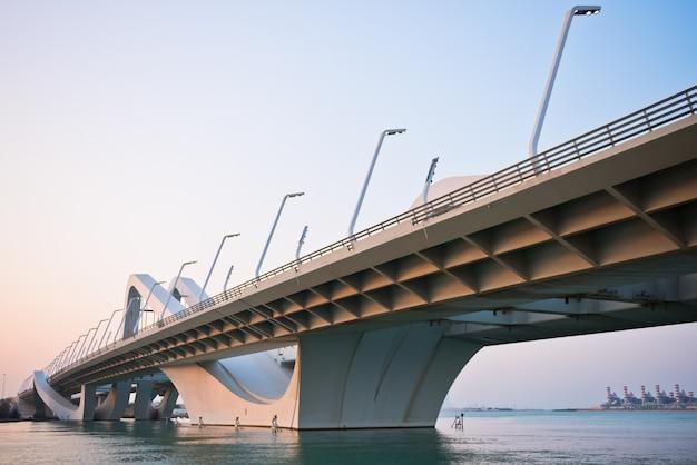 Sheikh zayed bridge, abu zabi, zjednoczone emiraty arabskie