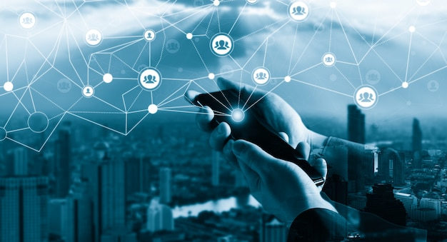 Sieć ludzi i globalna koncepcja kreatywnej komunikacji.