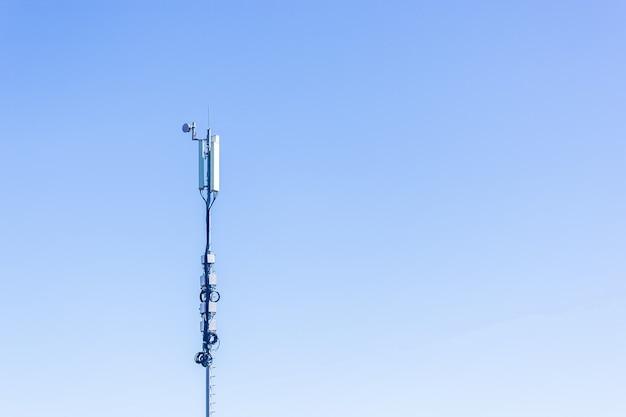 Sieć telefonii komórkowej wieża 5g koncepcja internetu wysokiej jakości zdjęcie