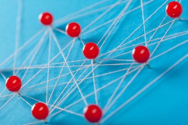Sieć z pinami