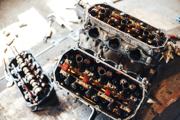 Silnik automatyczny w garażu