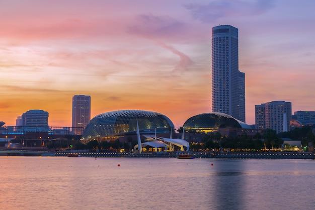 Singapur zmierzch miasta.