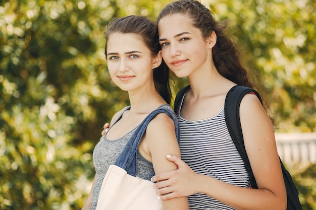 Siostry w mieście
