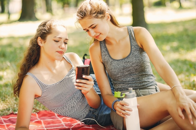 Siostry w parku