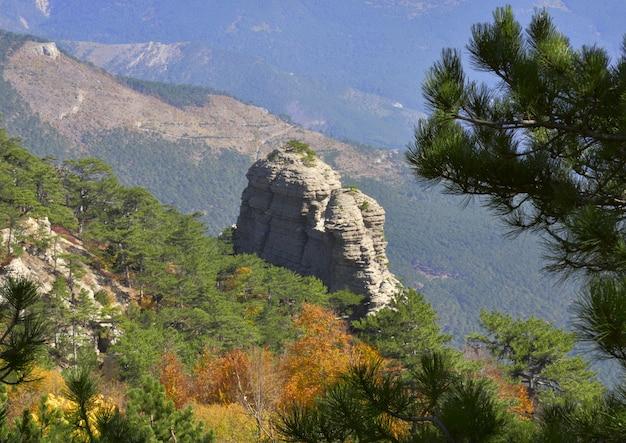 Skała w górach krymu