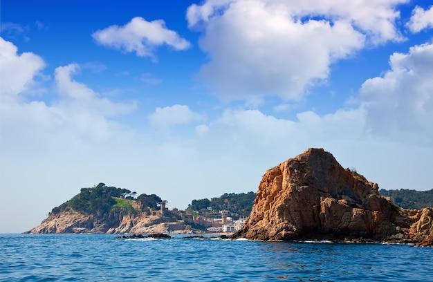 Skaliste wybrzeża w tossa de mar