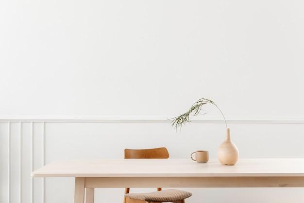 Skandynawski styl minimalistyczny z przestrzenią projektową