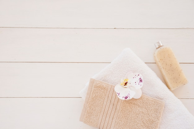 Skład artykułów higienicznych do pielęgnacji ciała