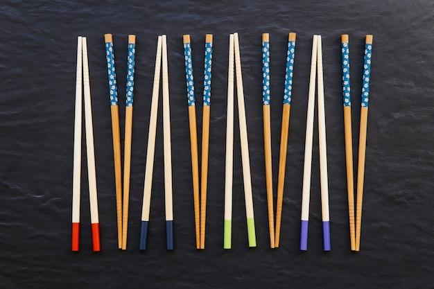 Skład drewniane pałeczki do jedzenia