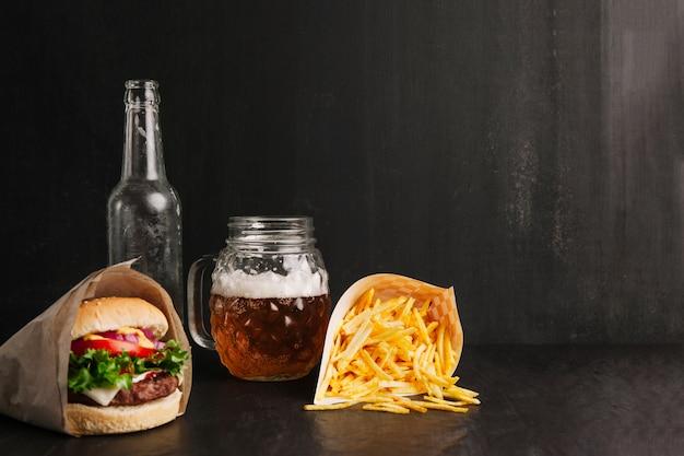 Skład fast foodów