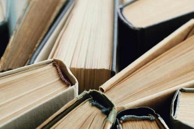 Skład książek jako tło