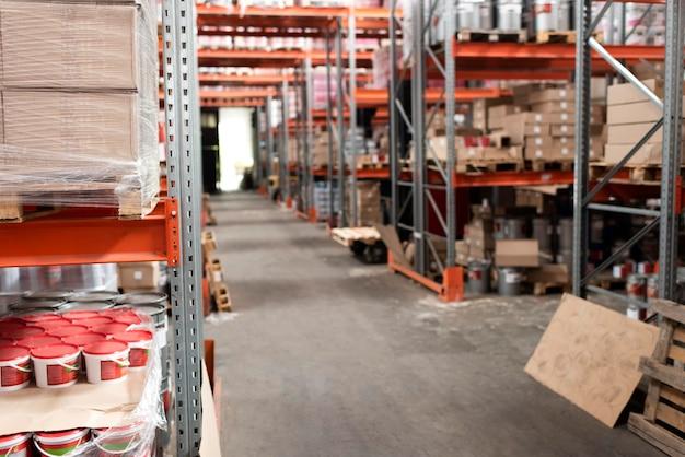 Skład usługi logistyki magazynowej