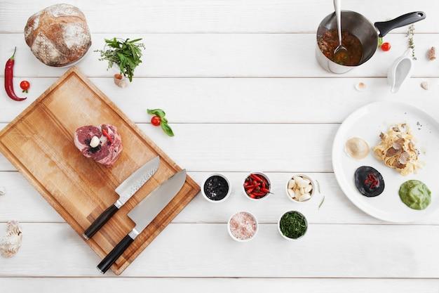Składniki do gotowania, surowa żywność