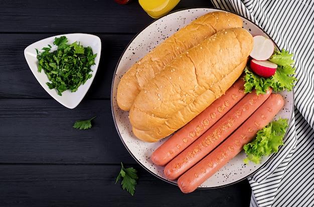 Składniki na hot dog