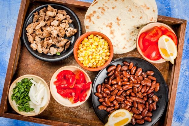 Składniki na meksykańskie jedzenie