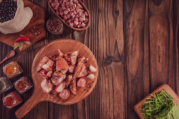 Składniki na typowy brazylijski posiłek feijoada