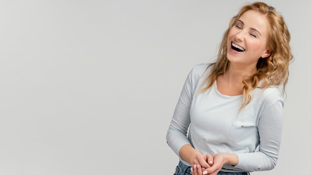 Skopiuj miejsce śmiech kobiety