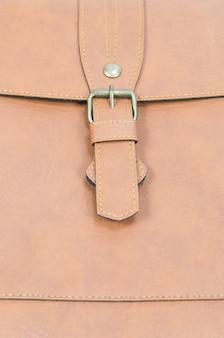 Skórzana torba z bliska, brązowy kolor